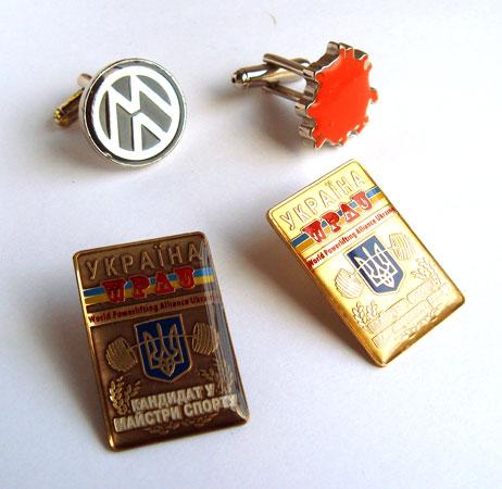 Значки Volkswagen.